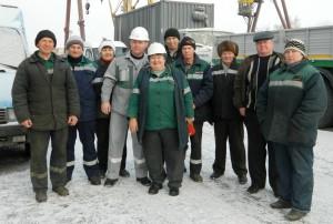 На снимке (слева направо): А.Лифиренко, А.Кудинов, Е.Вахнина, П.Лосев, Л.Дубовик, Г.Верхотуров, А.Михайлов, Т.Кажибеков,  И.Поляков, Г.Васютина