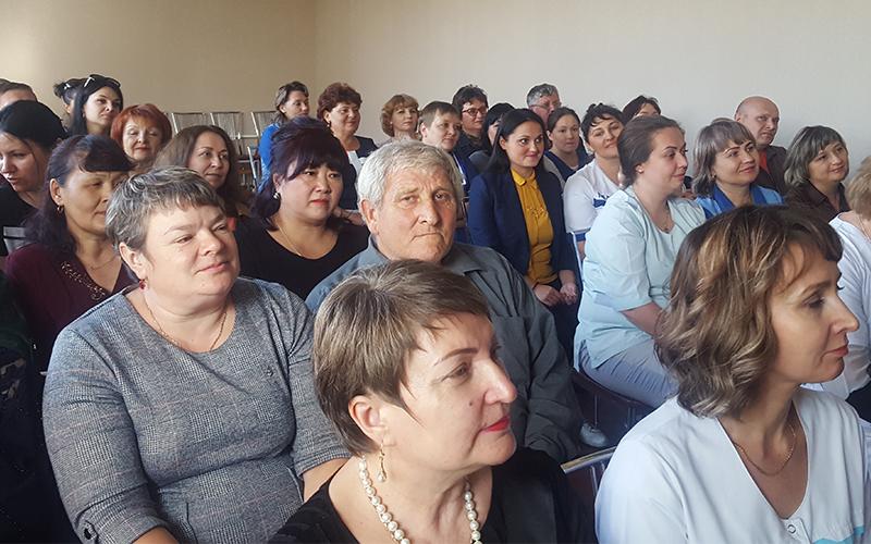 Профсоюз премировал сотрудников «Самала»